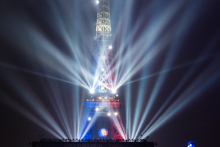Paris : France - Islande dans la Fan Zone de la Tour EIffel