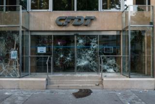 Paris : Manifestation sauvage dans les rues de Belleville