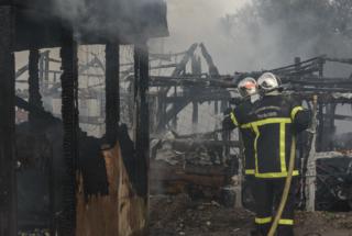Calais : La désolation après les incendies qui ont ravagé la