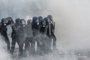 Paris - Nouveau rassemblement anti-loi Travail -010