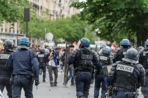 Paris - Nouveau rassemblement anti-loi Travail -019
