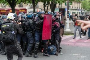 Paris - Nouveau rassemblement anti-loi Travail -022