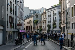 Paris - Manifestation sauvage dans les rues de Belleville-013